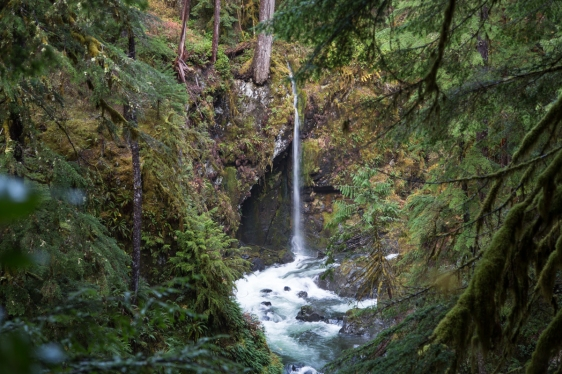 tall-waterfall